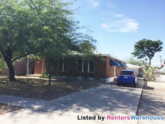 3 Bedrooms 2 Bathrooms House for rent at 2016 E 10th St in Tucson, AZ