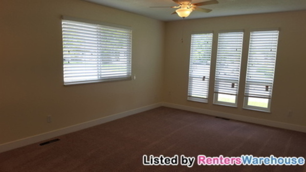 4 Bedrooms 2 Bathrooms House for rent at 4700 W 16th Ave in Denver, CO
