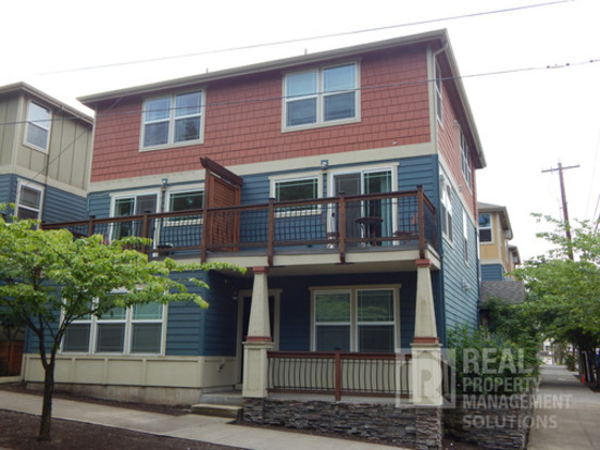 1 Bedroom 1 Bathroom House for rent at 6704 N. Pittsburg Ave in Portland, OR