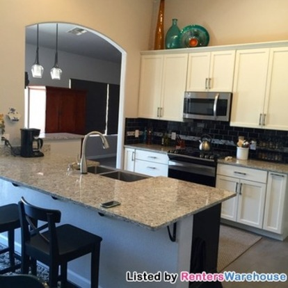 4 Bedrooms 2 Bathrooms House for rent at 975 S Rincon Rising Rd in Tucson, AZ