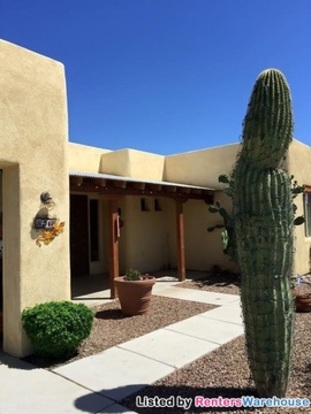 3 Bedrooms 2 Bathrooms House for rent at 8248 W Velvet Ant Pl in Tucson, AZ