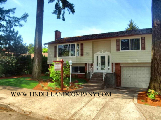 4 Bedrooms 3 Bathrooms House for rent at 3243 Ne 110th Avenue in Portland, OR