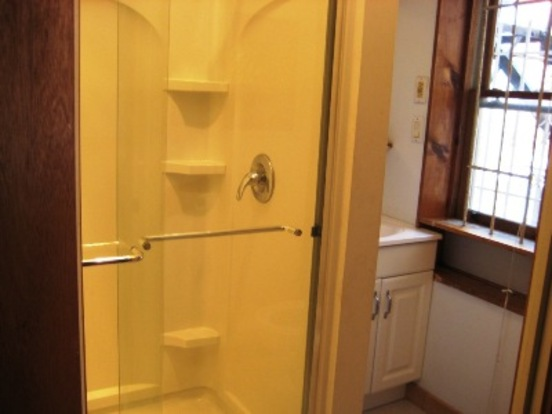 2 Bedrooms 1 Bathroom House for rent at 1506 Green St in Philadelphia, PA