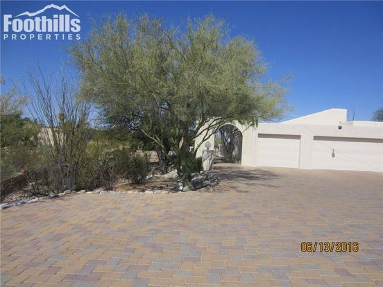 6 Bedrooms 3 Bathrooms House for rent at 5220 Salida Del Sol Drive in Tucson, AZ