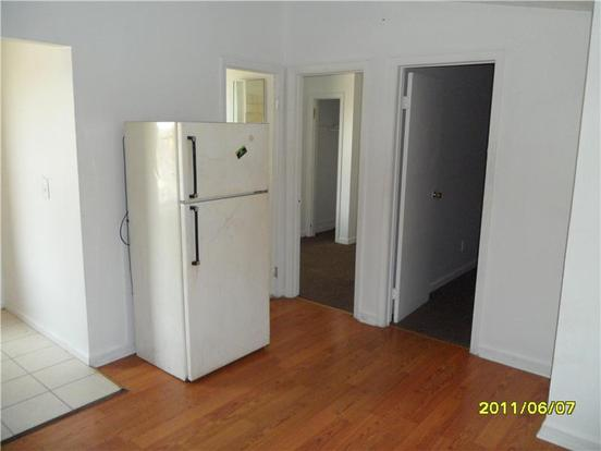 2 Bedrooms 1 Bathroom Apartment for rent at 1704 Prospect St Unit 3 in Indianapolis, IN