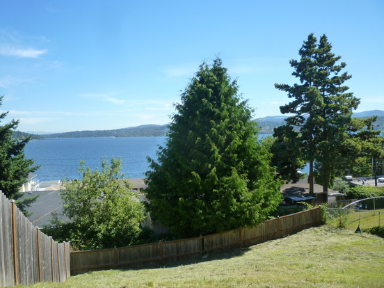 3 Bedrooms 2 Bathrooms Apartment for rent at 10494 Dixon Dr S in Seattle, WA