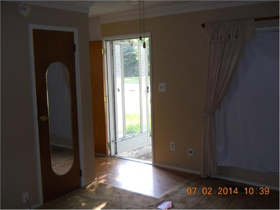3 Bedrooms 1 Bathroom Apartment for rent at 3544 Luewan Ct in Indianapolis, IN