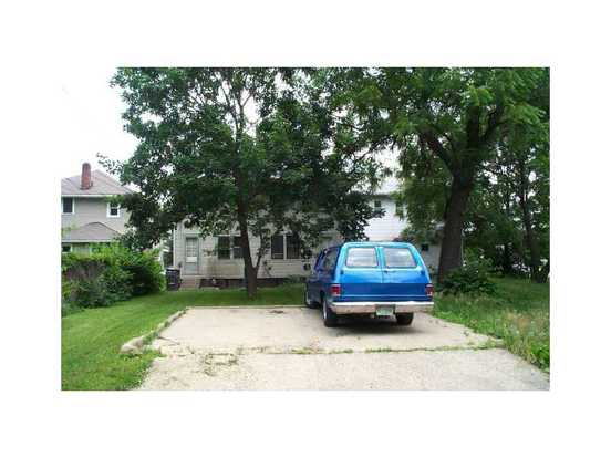 3 Bedrooms 1 Bathroom Apartment for rent at 3012 N New Jersey St in Indianapolis, IN