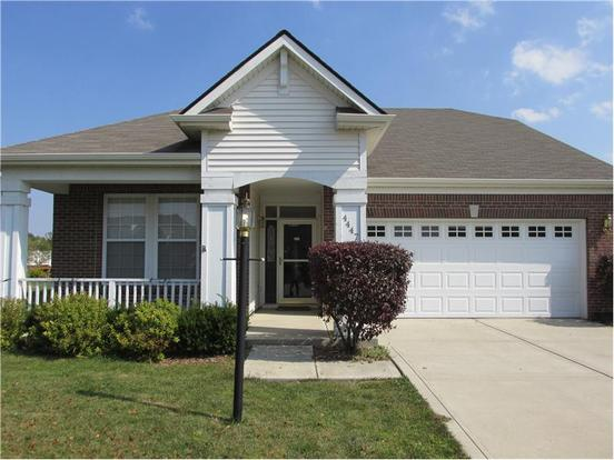 4 Bedrooms 3 Bathrooms Apartment for rent at 4447 Big Leaf Ln in Indianapolis, IN