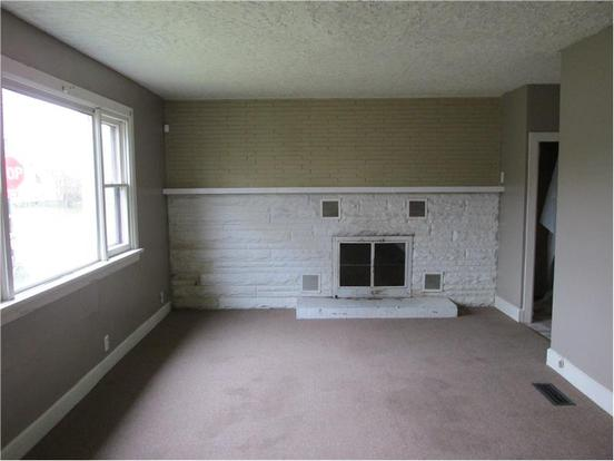 3 Bedrooms 1 Bathroom Apartment for rent at 3901 Fletcher Ave in Indianapolis, IN
