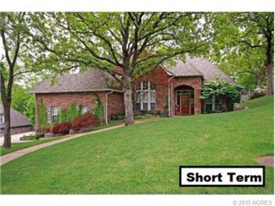 4 Bedrooms 3 Bathrooms Apartment for rent at 4634 E 87th Place in Tulsa, OK