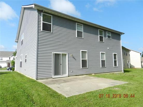 4 Bedrooms 3 Bathrooms Apartment for rent at 11544 Long Lake Dr in Indianapolis, IN