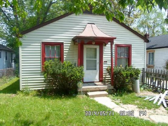 2 Bedrooms 1 Bathroom Apartment for rent at 3713 Hillside Avenue in Indianapolis, IN
