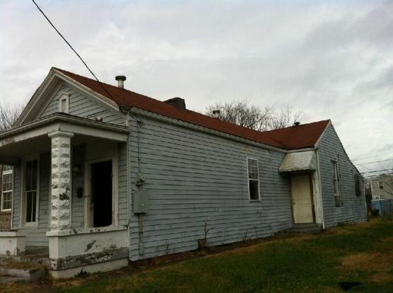 2 Bedrooms 1 Bathroom Apartment for rent at 2119 West Burnett Avenue in Louisville, KY