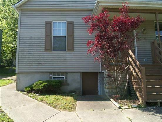 4 Bedrooms 2 Bathrooms Apartment for rent at 1839 Forbus Street in Cincinnati, OH