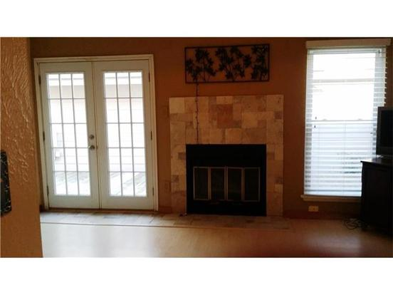 3 Bedrooms 2 Bathrooms Apartment for rent at 1902 Rainy Meadow Dr in Austin, TX