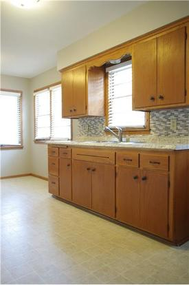 2 Bedrooms 1 Bathroom Apartment for rent at 4123 46th Ave S in Minneapolis, MN
