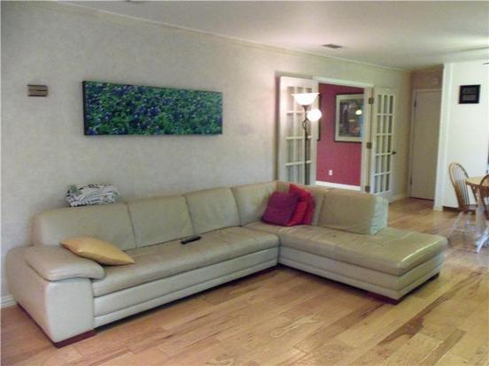 4 Bedrooms 2 Bathrooms Apartment for rent at 6001 Bullard Dr in Austin, TX