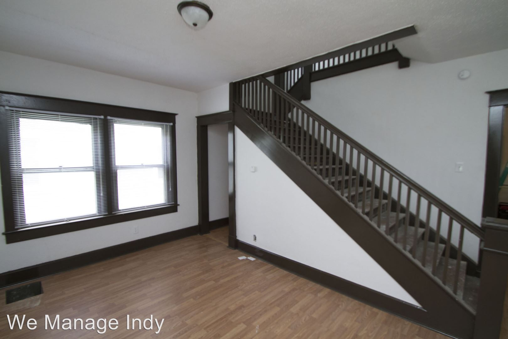 Similar Apartment at 617 619 N. Parker Ave