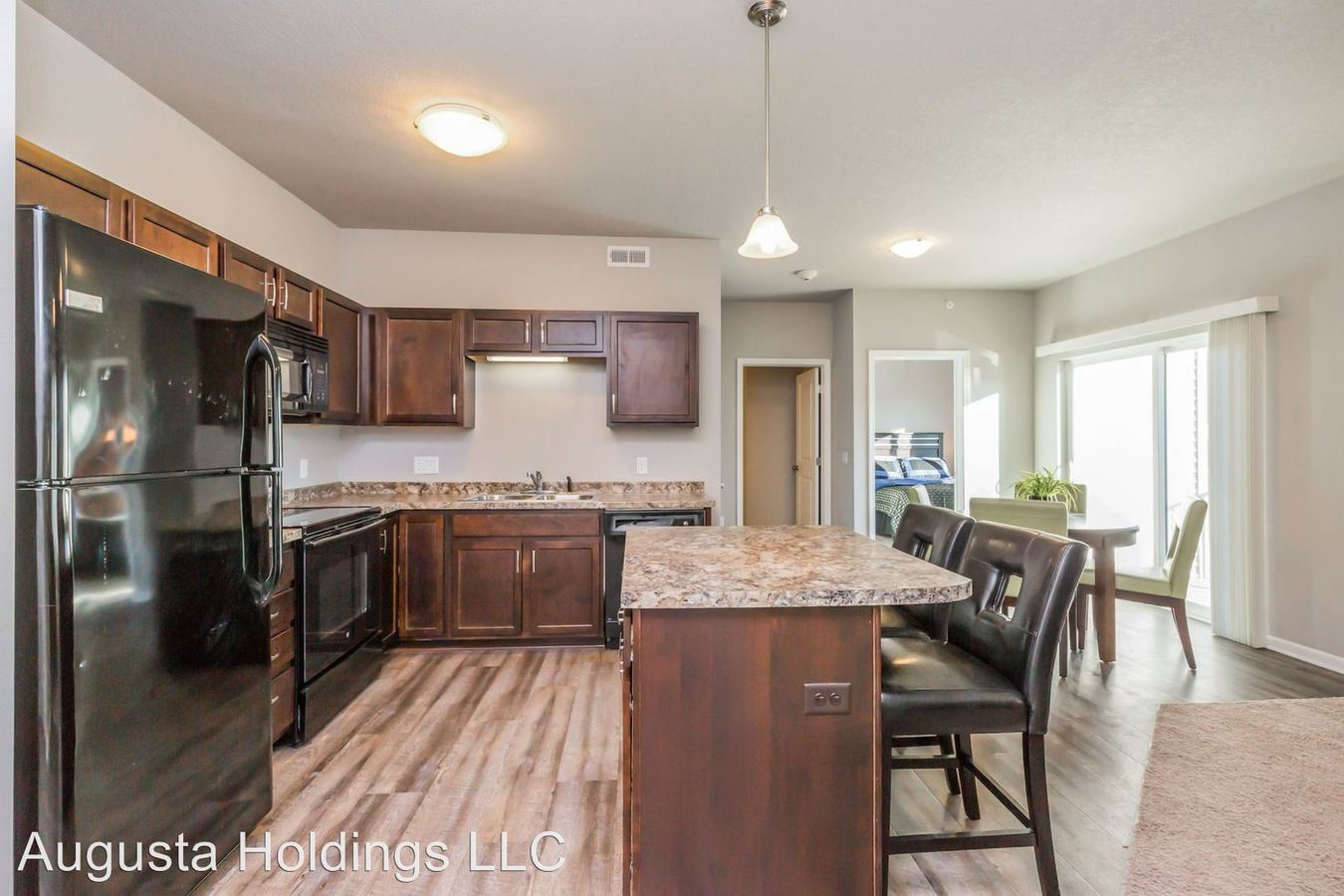 2 Bedrooms 2 Bathrooms Apartment for rent at 10509 Dorset Drive in Johnston, IA