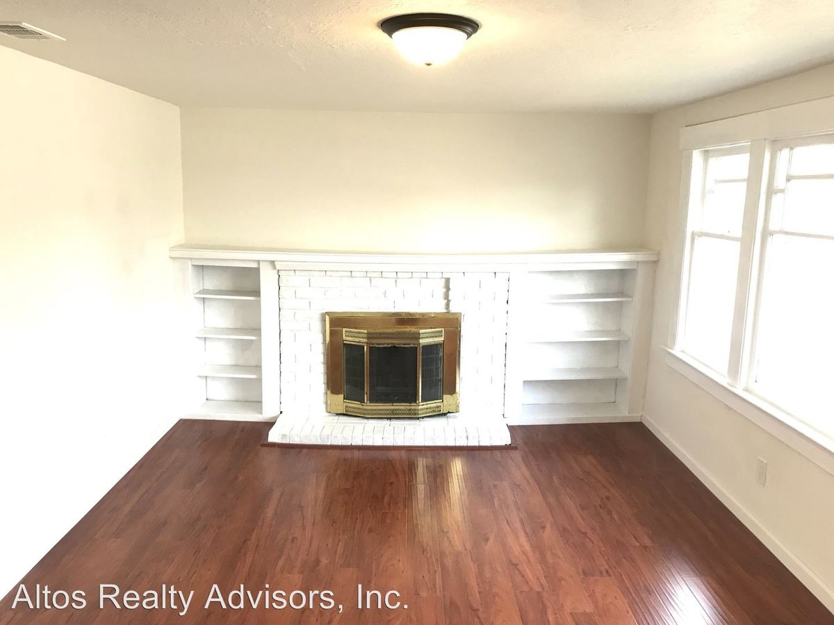 3 Bedrooms 2 Bathrooms Apartment for rent at 483 N. 16th Street in San Jose, CA