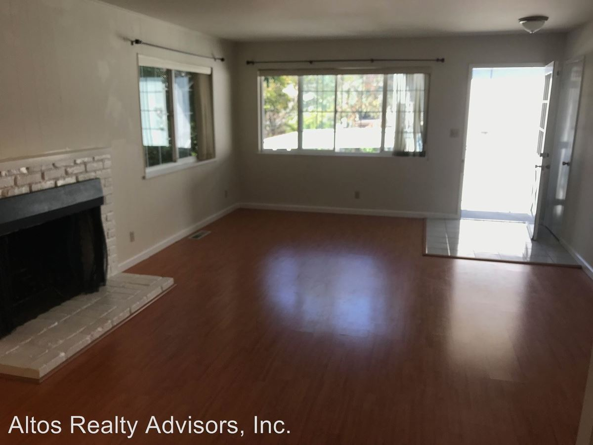 2 Bedrooms 2 Bathrooms Apartment for rent at 10183 Viceroy Court in Cupertino, CA