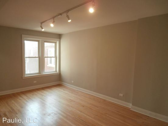 2 Bedrooms 1 Bathroom Apartment for rent at 5344 N Paulina in Chicago, IL