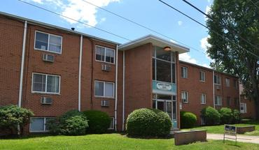 Similar Apartment at 855 Chambers Rd