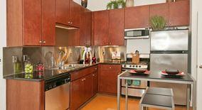Similar Apartment at 118 E Riverside Dr
