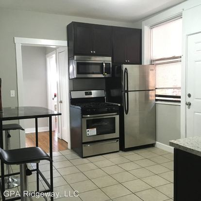 2 Bedrooms 1 Bathroom Apartment for rent at 4944 48 N Ridgeway Ave in Chicago, IL