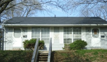 107 Lincoln Street Apartment for rent in Lafayette, IN