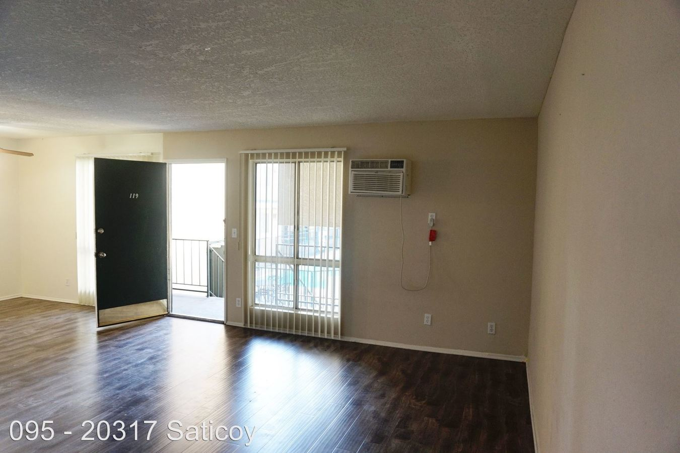 2 Bedrooms 2 Bathrooms Apartment for rent at 20317 Saticoy St. in Winnetka, CA