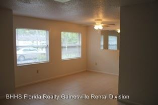 2 Bedrooms 1 Bathroom Apartment for rent at 7410 Sw 42nd Place in Gainesville, FL