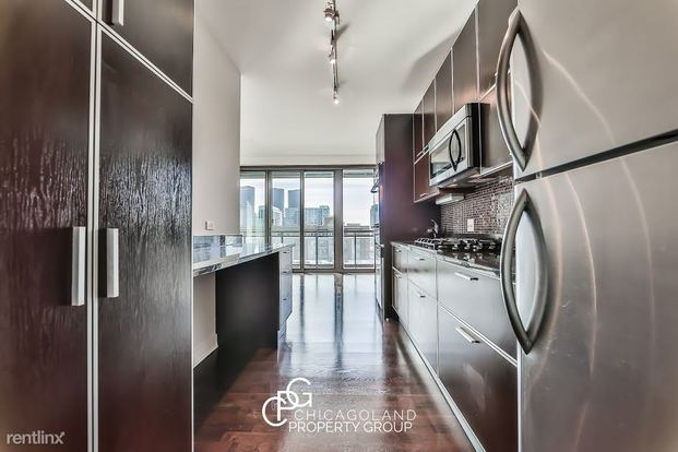 2 Bedrooms 2 Bathrooms Apartment for rent at Jefferson in Chicago, IL