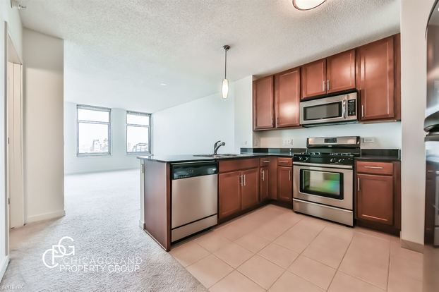 1 Bedroom 1 Bathroom Apartment for rent at Kenzie in Chicago, IL