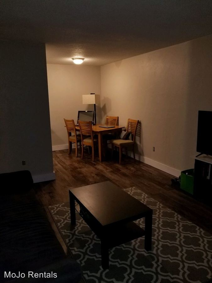 1 Bedroom 1 Bathroom Apartment for rent at 615 Hall Ave in St Paul, MN