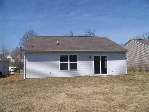 3 Bedrooms 2 Bathrooms Apartment for rent at 6845 Fair Ridge Drive in Indianapolis, IN