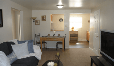Cloverleaf Village Apartment for rent in Pittsburgh, PA