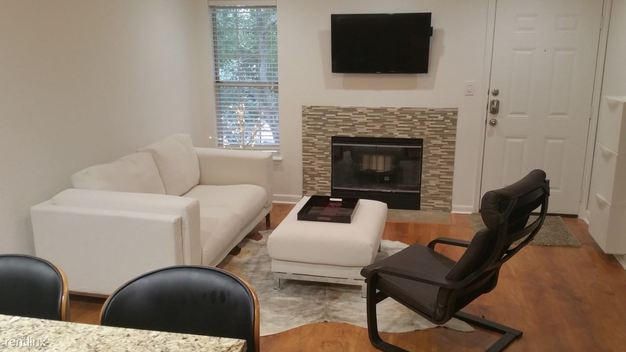 2 Bedrooms 2 Bathrooms House for rent at Allandale Apartments in Austin, TX