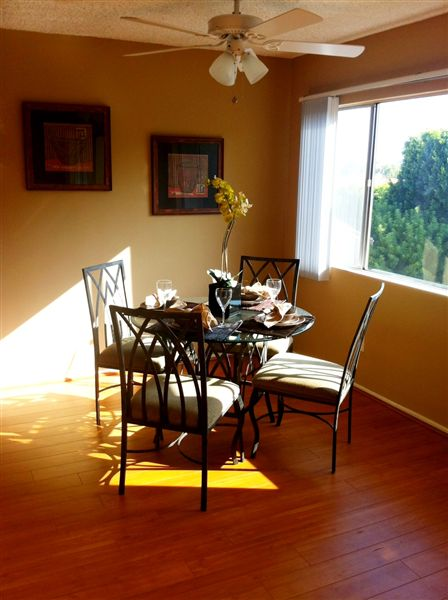 1 Bedroom 1 Bathroom Apartment for rent at White Oak Terrace in Encino, CA