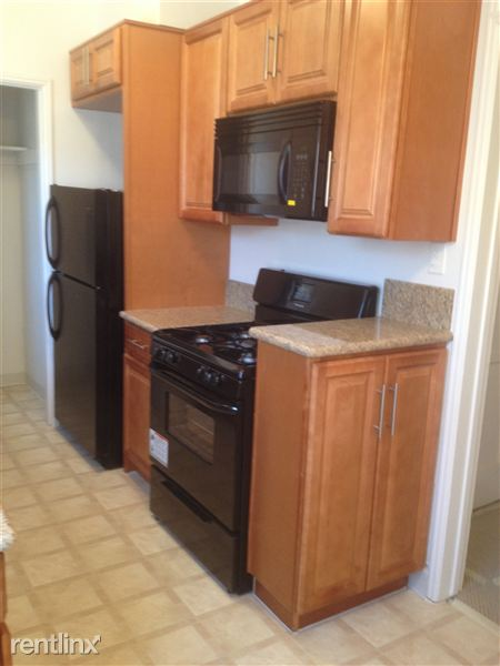 1 Bedroom 1 Bathroom Apartment for rent at Windsor Manor in Los Angeles, CA