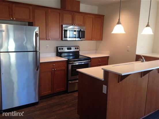 2 Bedrooms 1 Bathroom Apartment for rent at Elliott Bayview in Seattle, WA