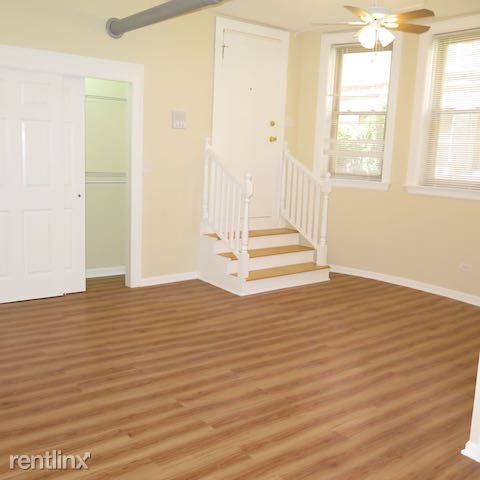 1 Bedroom 1 Bathroom Apartment for rent at 4338 S Drexel Blvd in Chicago, IL