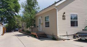 Similar Apartment at 600 S Quitman St