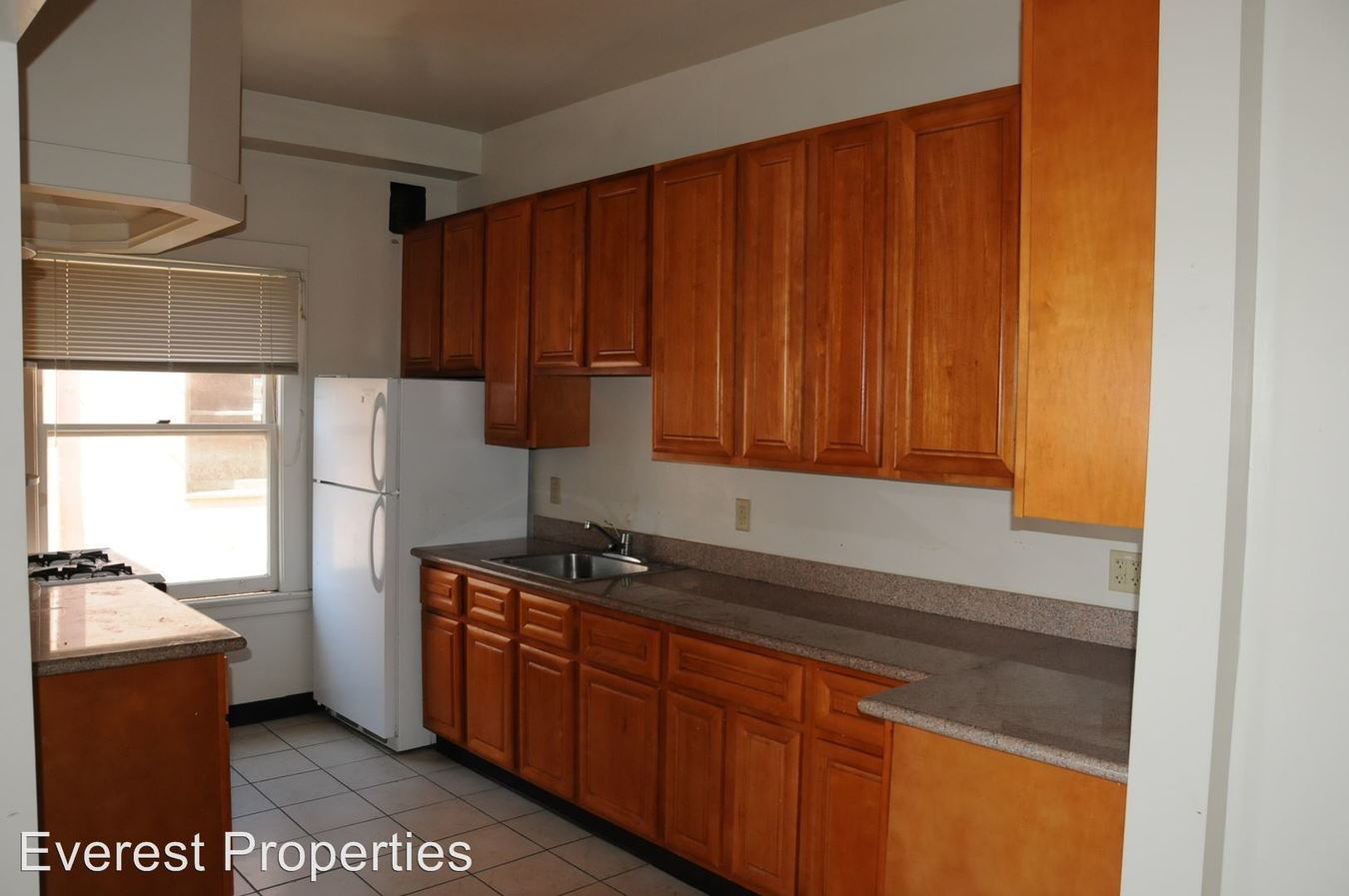 2 Bedrooms 1 Bathroom Apartment for rent at 2300-2350 Shattuck Ave. in Berkeley, CA