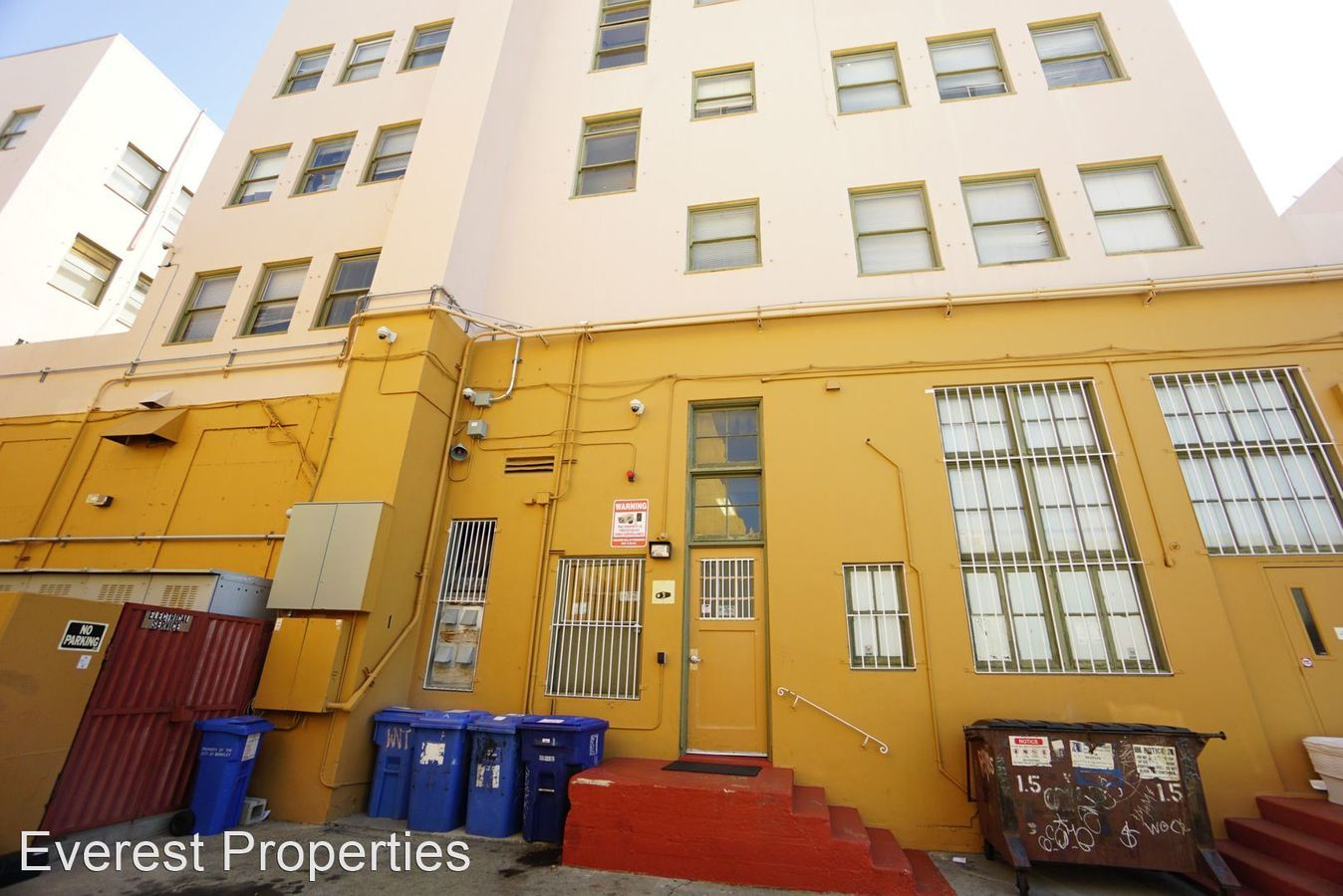 Studio 1 Bathroom Apartment for rent at 2300-2350 Shattuck Ave. in Berkeley, CA