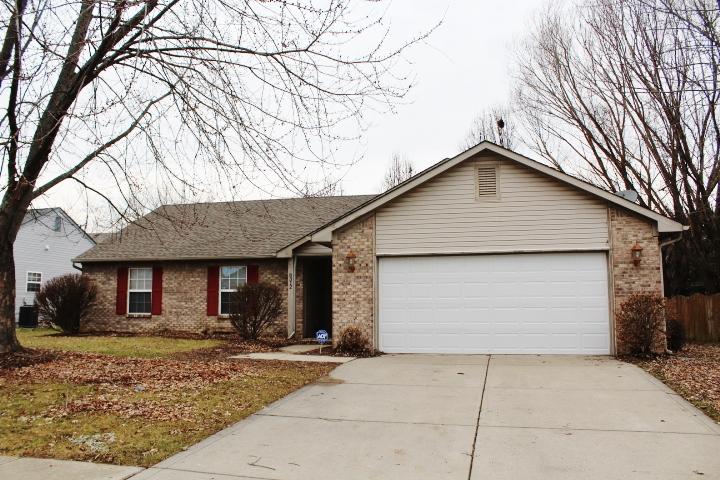 Similar Apartment at 8312 Country Ridge Dr Indianapolis In, 46234