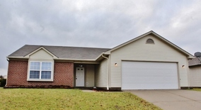 Similar Apartment at 5329 Rolling River Ct Indianapolis, In 46221