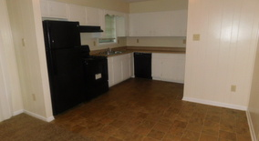 Similar Apartment at 2770 Dalewood