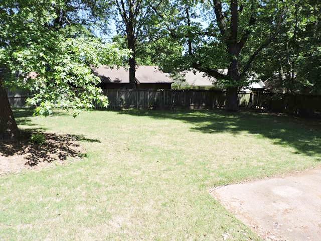 Similar Apartment at 7132 Shadow Oak